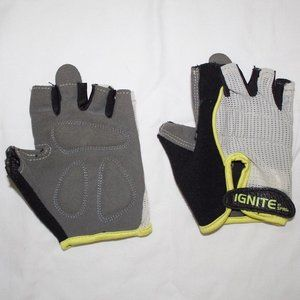 Other - Weightlifting Gloves